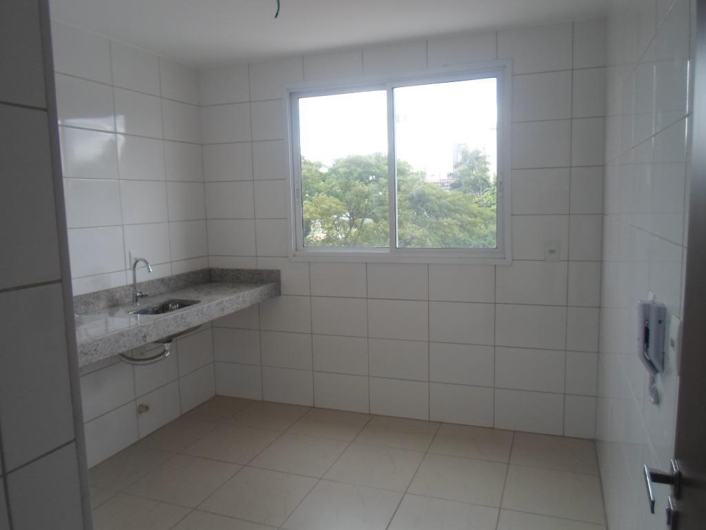 apartamento 2 suítes, duplex com vista para o lago das rosas, contem sala é sacada cozinha...