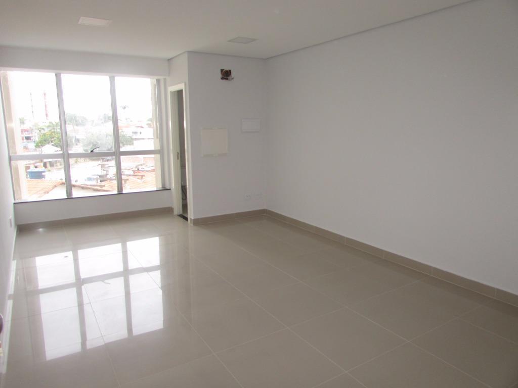 centro clínico medicorum. sala comercial destinada para profissionais da área de saúde, em excelente localização, ao...