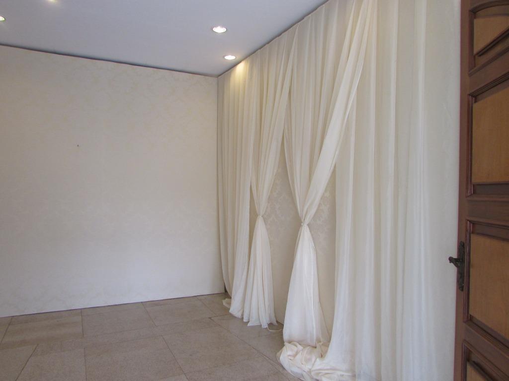 excelente imóvel comercial de alto padrão contendo: amplo salão com aproximadamente 600 m2, espaço para cozinha...
