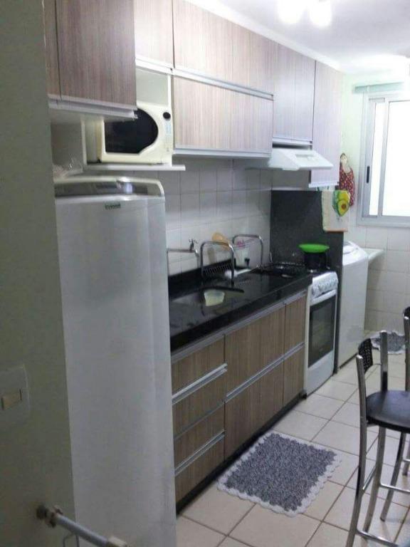 excelente apartamento com 02 quartos, repleto em armários. sala, cozinha, área de serviço, banheiro social e...