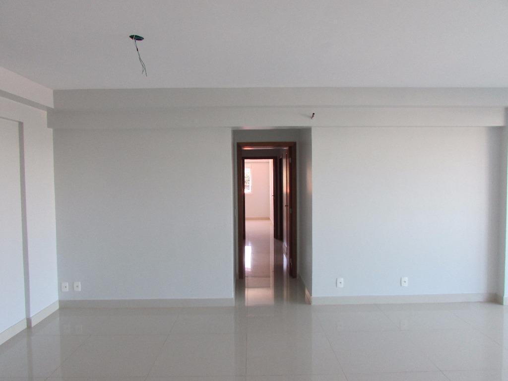 """apartamento residencial com 4 quartos, sendo 3 suítes plenas, sala em """"l"""" que pode ser integrada..."""