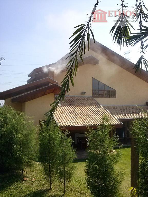 Casa 4 dormitórios, sendo 3 suítes, estilo rústico no Cond Mirante do Vale, Jacarei.