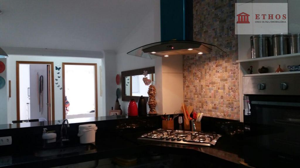 Troco casa terrea em condominio na Urbanova x apto Ed. Adriatico no Parque Industrial, em São Jose dos CAmpos