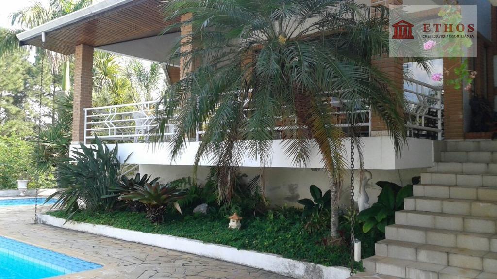 Casa 5 suites Condominio fechado alto padrão, Quinta das Flores, São Jose dos Campos