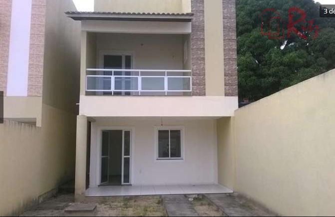Duplex 140m², quintal enorme!