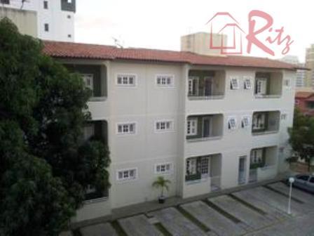 Apartamento residencial à venda, Alagadiço Novo, Fortaleza.