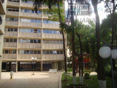 Apartamento residencial para locação, Centro Cívico, Curitiba.