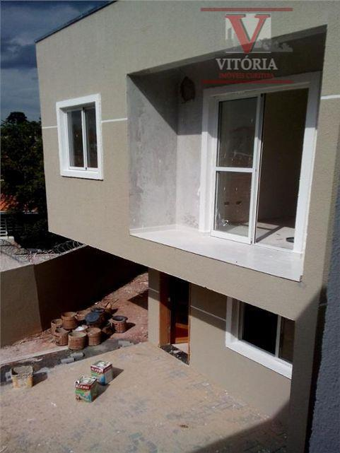 3Dorm. Sobrado à venda, Uberaba, Curitiba - Vitória Imóveis