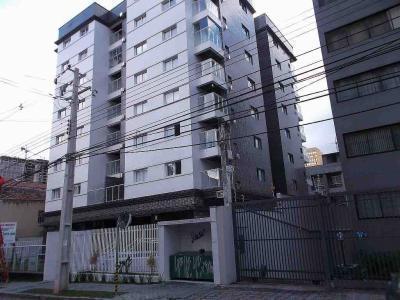 1 dormitório com garagem - Mobiliado - Centro de Curitiba