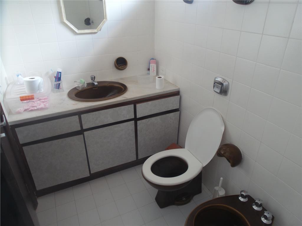 Casa de 3 dormitórios em Barreirinha, Curitiba - PR