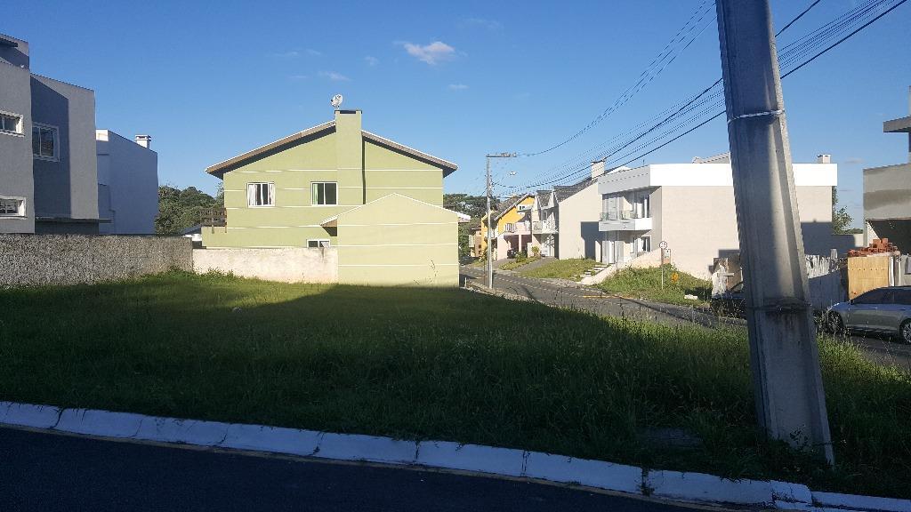 Terreno em condomínio fechado - Bairro do Santa Cândida - Curitiba