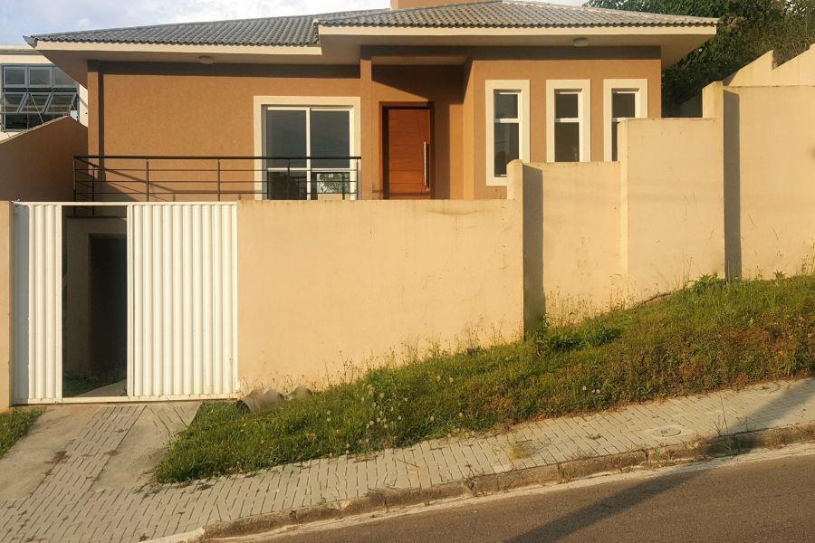 263 m2 Casa - Nova - Amplo terreno - Pilarzinho - em Curitiba