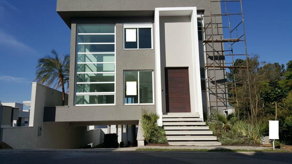 Casa Alto Padrão - 280 m2 - Nova - Condominio fechado com ampla área social