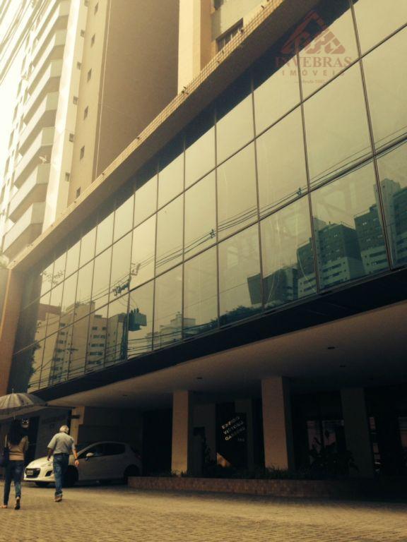 Conjunto comercial para locação, Água Verde, Curitiba.