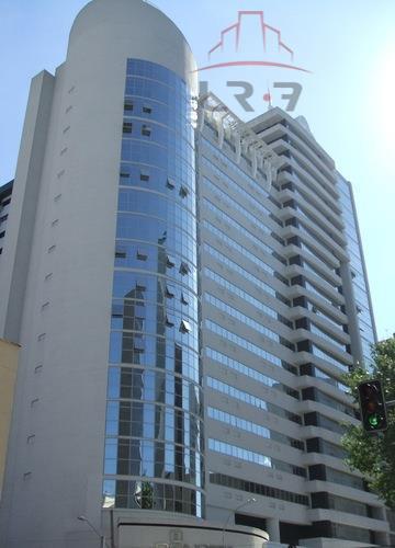 Apartamento residencial para locação, Centro, Curitiba - AP0242.