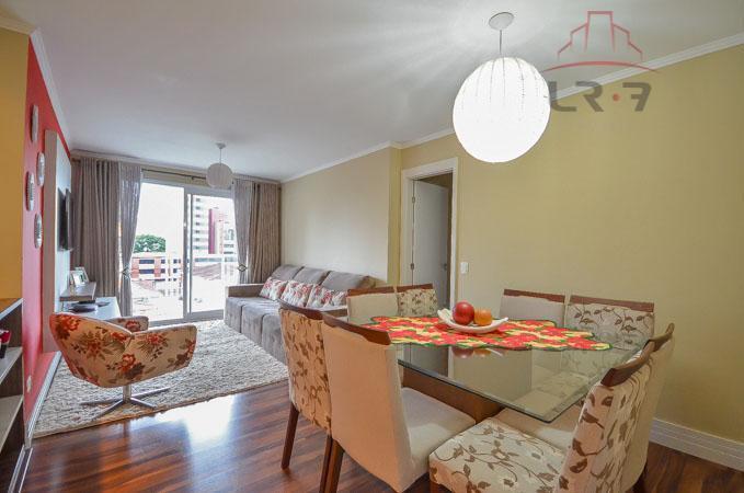 Apartamento residencial à venda, Água Verde, Curitiba - AP0110.