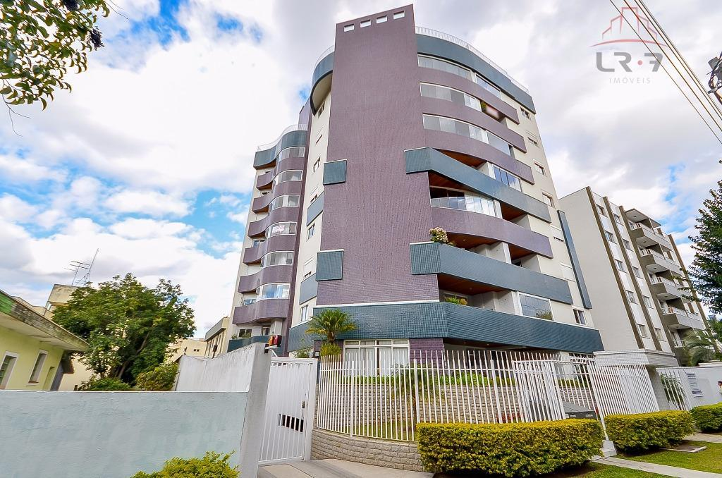Apartamento residencial à venda, Água Verde, Curitiba - AP0417.