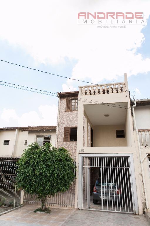 Sobrado residencial à venda, Campo Comprido, Curitiba.