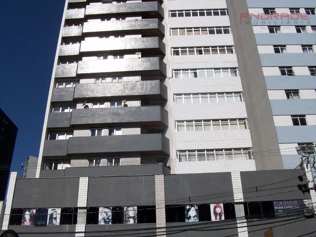 Apartamento residencial para locação, Batel, Curitiba.