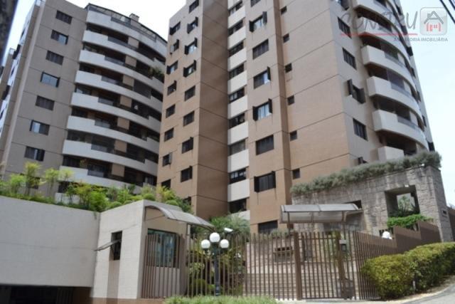 Apartamento residencial à venda, Champagnat, Curitiba.