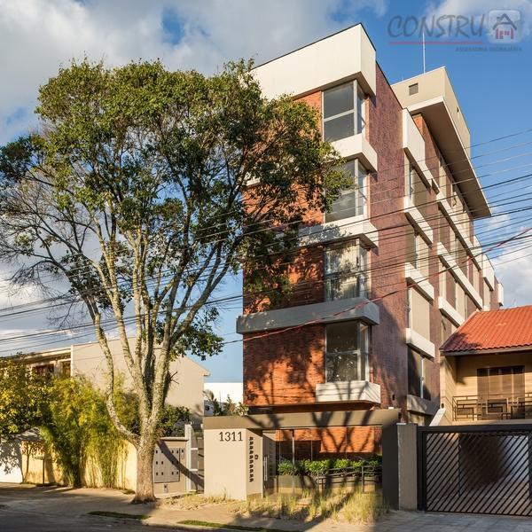 Apartamento residencial à venda, Água Verde, Curitiba - AP0141.