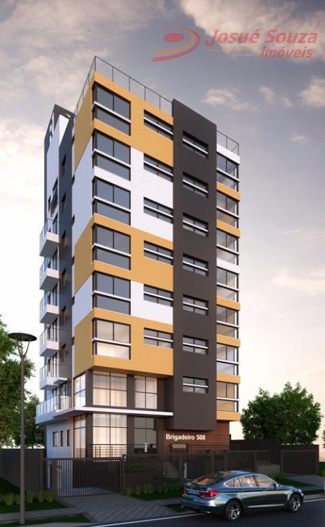Oportunidade. Lindo apartamento de 01 quarto na melhor localização de Curitiba.