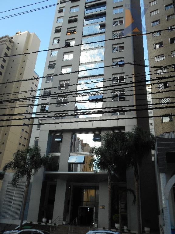 Conjunto comercial para locação, Batel, Curitiba.