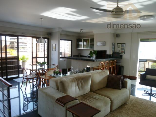 cobertura com:1º piso: sala de estar para 2 ambientes com sacada fechada com blíndex retrátil, decorada,...