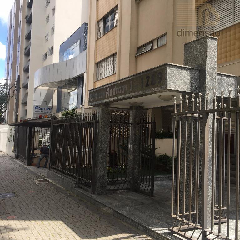 Apartamento residencial à venda, Centro, Curitiba - AP0002.