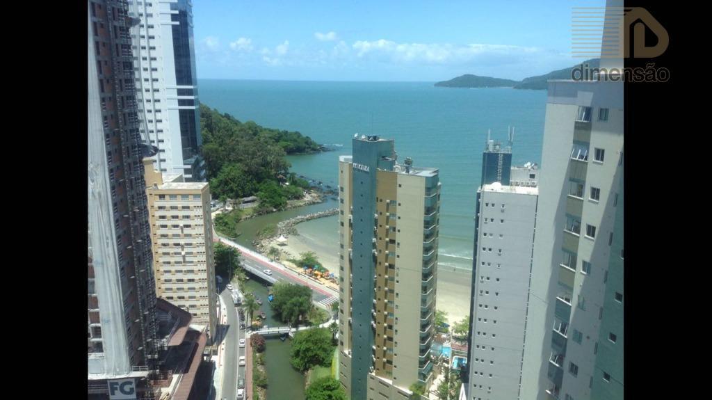 Apartamento Alto Padrão Mobiliado, Pioneiros, Balneário Camboriú.