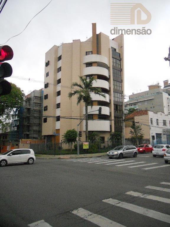 Lindo apartamento, Alto da Rua XV, Curitiba, apenas um por andar