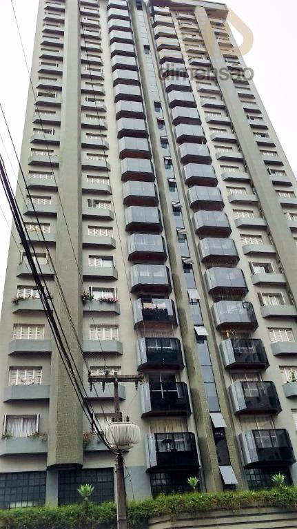 Apartamento com 03 Dormitórios à venda, Jardim Botânico, Curitiba - AP0801.