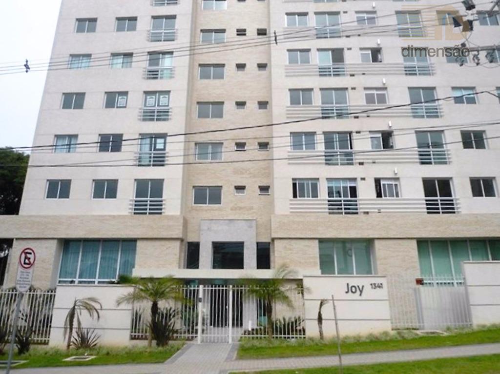Ótimo apartamento com 03 Dormitórios em Condomínio Clube à venda, Vila Izabel, Curitiba.