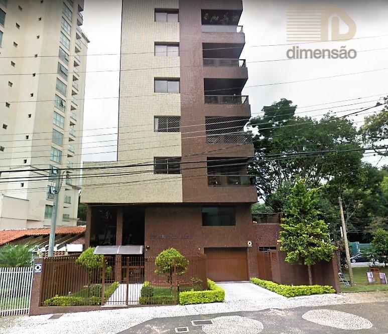 excelente apartamento duplex, semimobiliado, um por andar com 187m² de área privativa, localizado no bairro juvevê,...