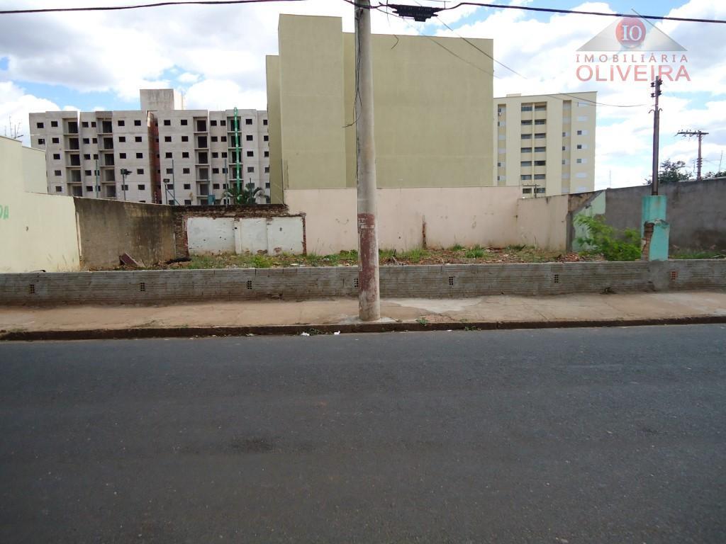 Terreno residencial à venda, São Benedito, Uberaba.
