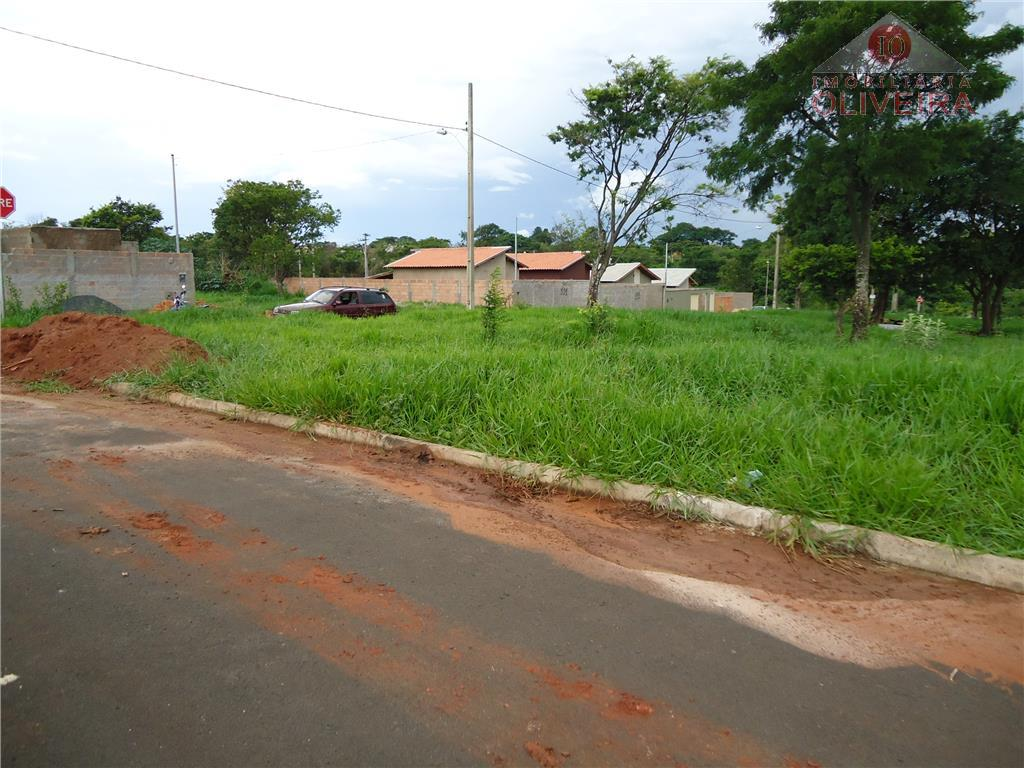 terrenos: 3 terrenos juntos planos na quadra bp lote 01: 258 m², lote 02: 262,50m² ,...