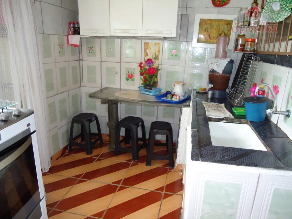 casa: 02 quartos, wc social, sala, copa, cozinha, lavanderia, varanda, edícula com 1 quarto, wc, cozinha,...