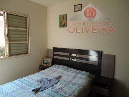 casa: 04 quartos(1 suíte), wc social, sala 2 ambientes, copa, cozinha grande, área de serviço, garagem...