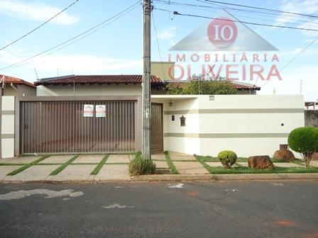 Casa residencial à venda, Santos Dumont, Uberaba - CA0200.