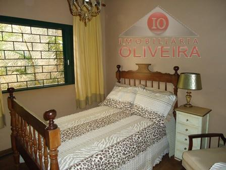 sobrado: 04 quartos (1 suíte), closet, com armário, wc social, blindex, sala, com sacada grande, sala...