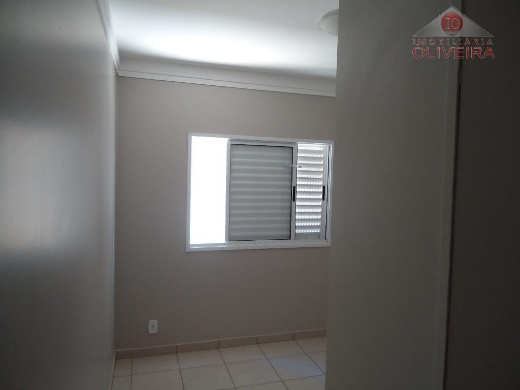 Apartamento residencial à venda, São Benedito, Uberaba.