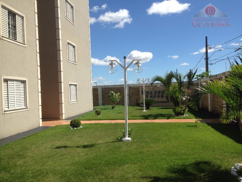 Apartamento residencial à venda, Jardim Maracanã, Uberaba.