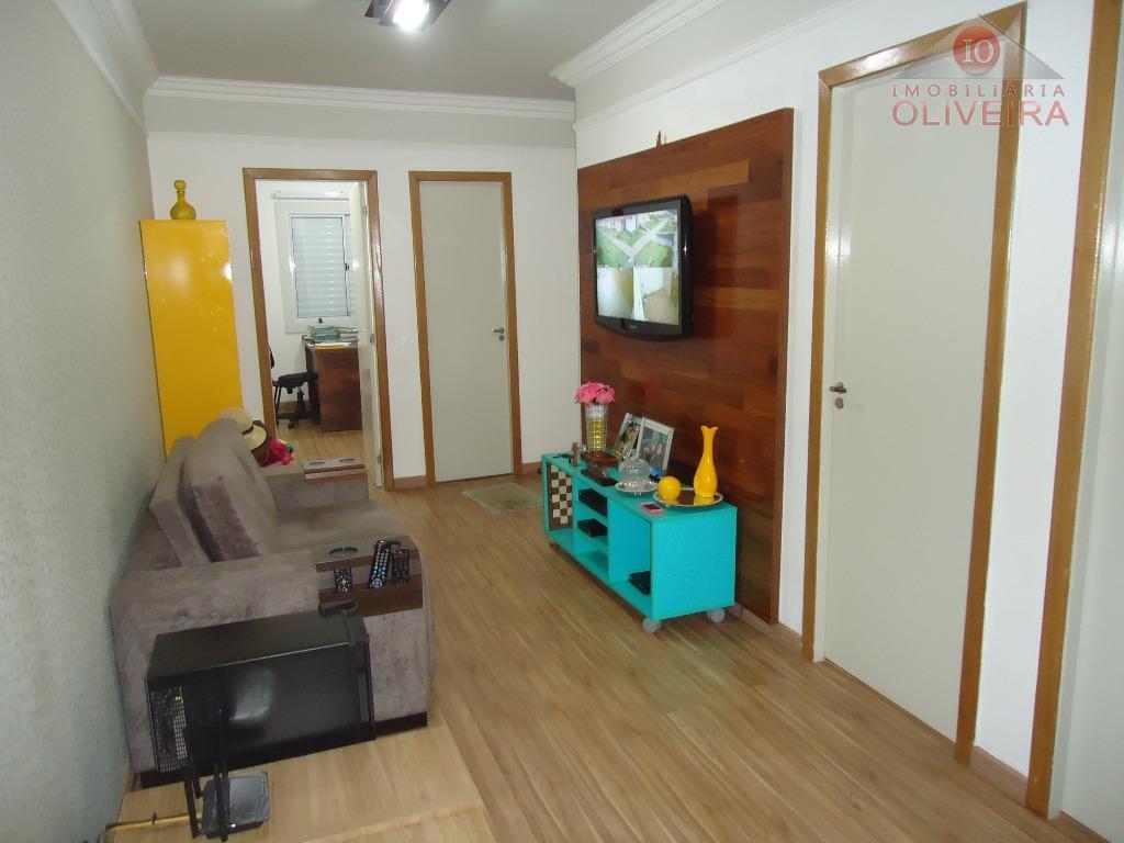 3 quartos(1 suite,closet), wc social, gabinete, blindex na suite, sala 2 ambientes, escritório, copz , cozinha...