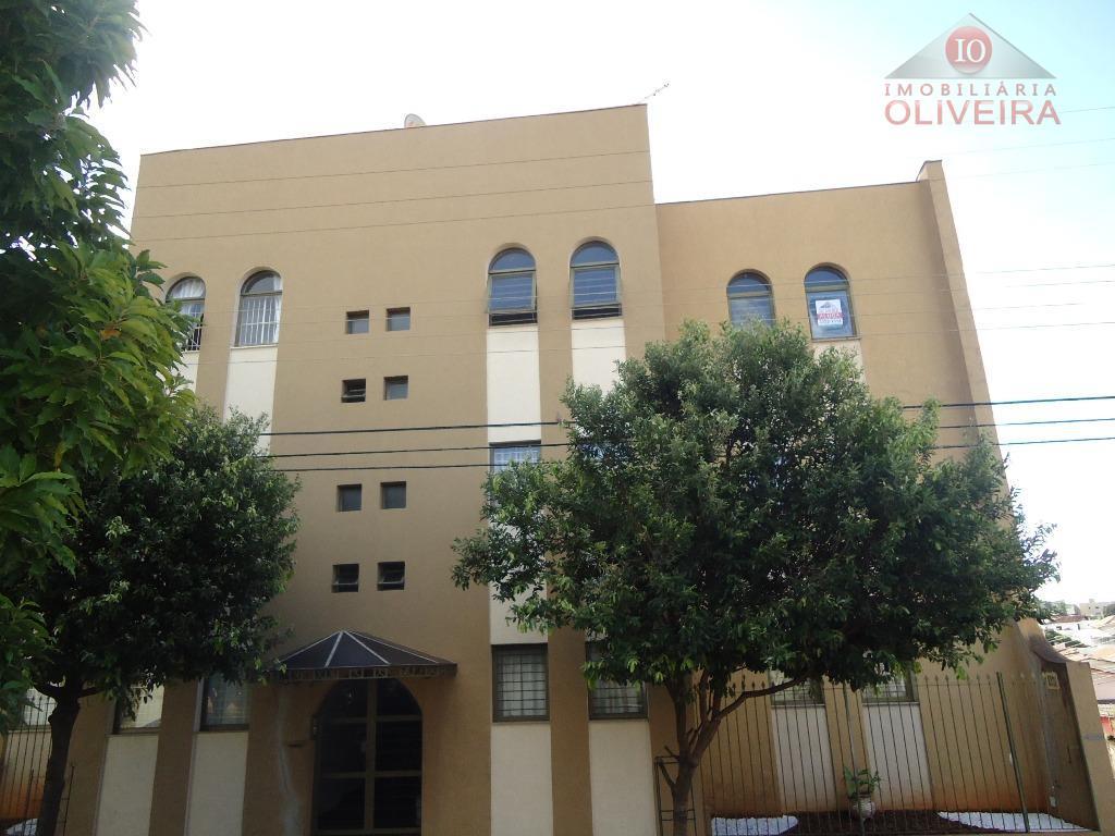 Apartamento residencial para locação, Vila Maria Helena, Uberaba.