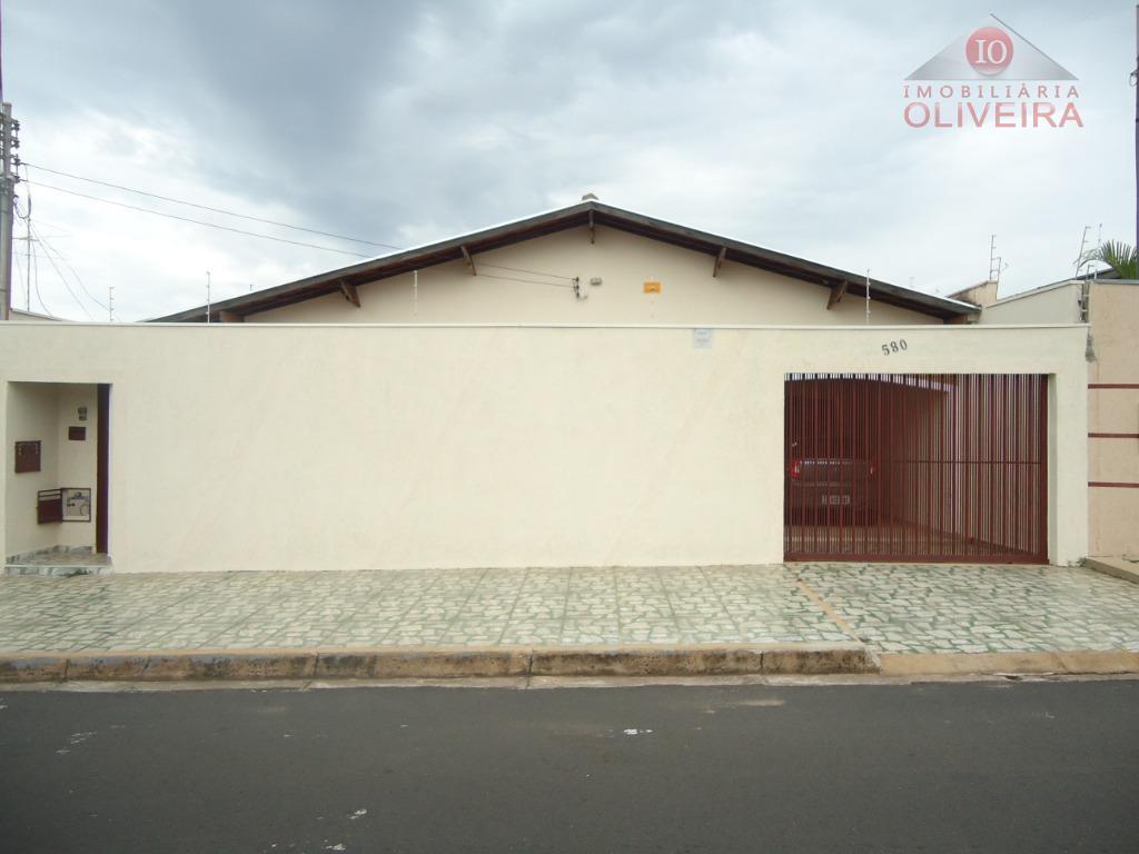 Casa residencial à venda, Conjunto Frei Eugênio, Uberaba - CA0169.