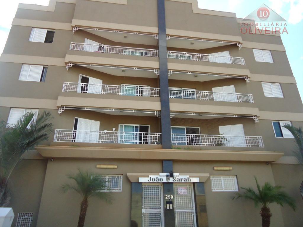 Apartamento com 2 dormitórios à venda, 73 m² por R$ 252.000 - São Benedito - Uberaba/MG