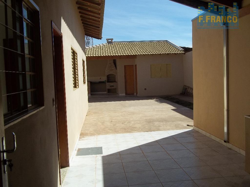 Casa residencial à venda, Conjunto Pontal, Uberaba.