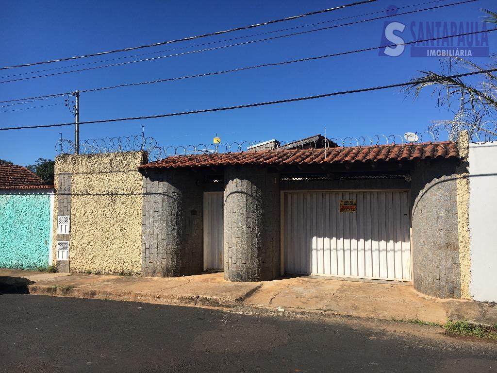 Casa residencial para locação, Amoroso Costa, Uberaba.