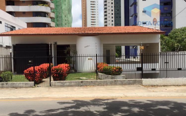 Casa residencial para locação, Candelária, Natal.