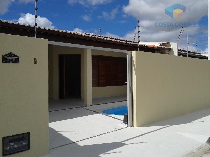 Casa com Piscina, 03 quartos, 134m2 – Emaus em Parnamirim RN